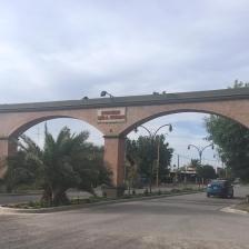 Einfahrt in die Stadt Villa Regina