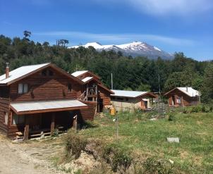 Campen im Nationalpark mit Blick auf den Vulkan